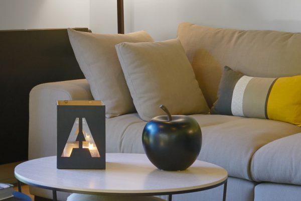 aménagement salon décoration jaune et noir Alexandra Gilson